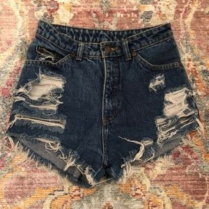 Vintage High Wasited Distressed Jean Shorts